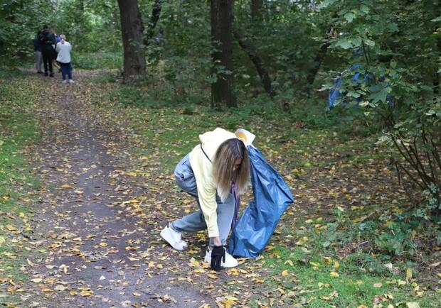 Потрудились на славу: во Всемирный день чистоты в Киеве собрали 500 кубометров мусора